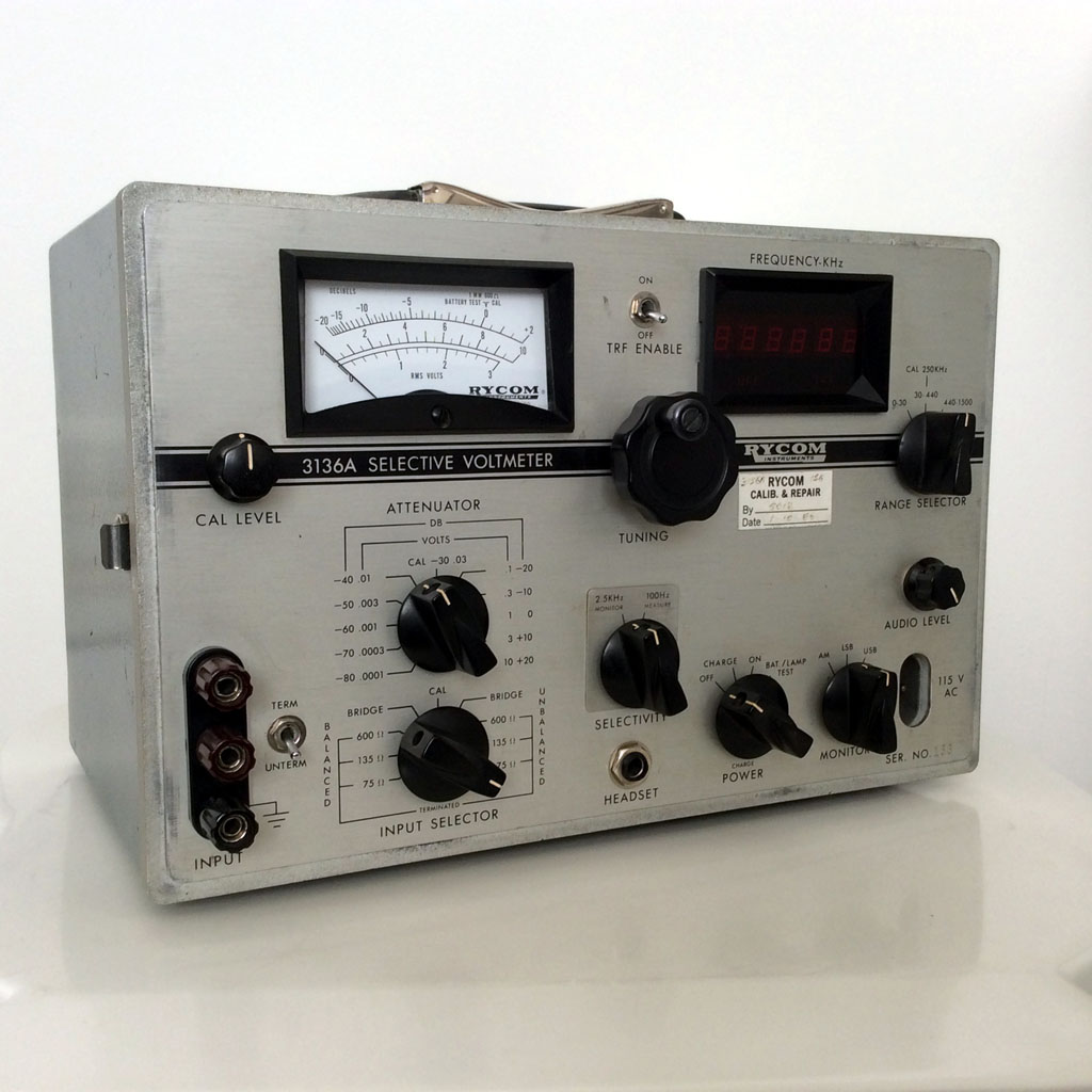 Rycom Instruments 3136A (1976)<br />Selective Voltmeter. Now used as a VLF beacon reciever. : Figure 99 :